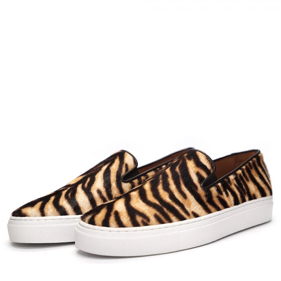 SLIP ON PONY TIGER