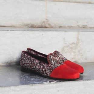 NICOLE HERRINGBONE MULTICOLOR  HERRINGBONE MULTICOLOR/SUEDE, GROSGRAIN TRIM, LEATHER LINING, LEATHER SOLE, 14 MM HEEL, DUST BAG, SHOE-HORN AND BOX, MADE IN SPAIN  HANDMADE MADE TO ORDER IN 21 DAYS  📱 www.shoesfactory1985.com  #zapatos #moda #fashion #shoes #style #ropa #tienda #love #look #complementos #madrid #calzado #outfit #spain #madeinspain #bcn #barcelona #mujer #shop #estilo #shopping #instagram #malaga #accesorios #españa #bolso #botas #tiendaonline #primavera #like4like