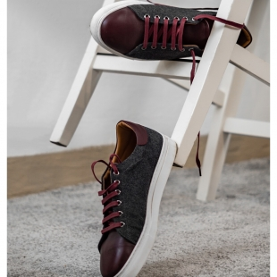 FLANNEL GREY ✳️  FLANNEL GRAY BOXCALF BURGUNDY, LEATHER LINING, BURGUNDY LACES. HANDMADE MADE TO ORDER IN 21 DAYS.  📱 www.shoesfactory1985.com  #slipper #cool #amazing #socks #shoes #pic #morrobay #look #happy #fila #dress #casual #summer #pretty #outfit #mensfashion #likes #good #fashion #cute #beautiful #style #shopping #picoftheday #nice #love #like4like #glamour